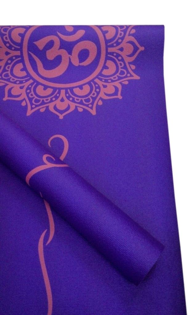 Коврик для йоги с принтом ОМ (1.2 кг, 173 см, 3 мм, фиолетовый, 60см) коврик для йоги star fit fm 101 pvc 173x61x0 5