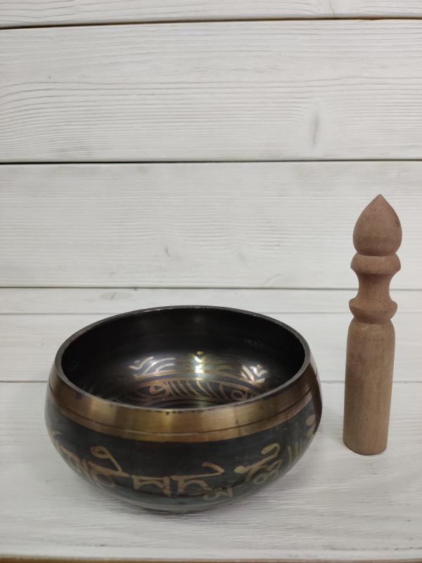 Чаша поющая литая c барельефом Ваджра 13,5 см , резонатор (0,4 кг) чаша поющая литая с барельефом карвинг 13 см 6 см 13 см коричневый