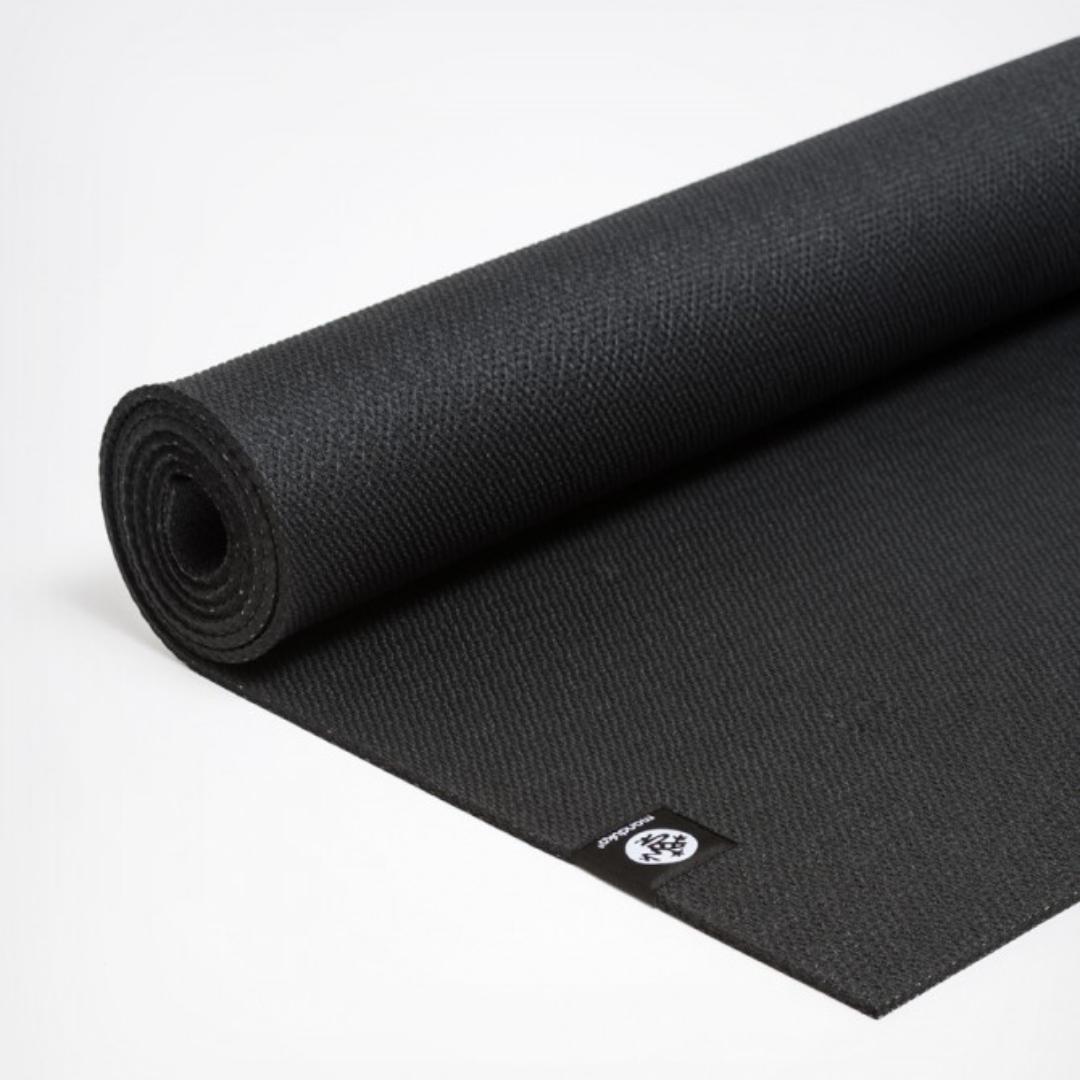 Коврик для йоги Manduka X Mat 5мм (1.8 кг, 180 см, 5 мм, черный) коврик для йоги manduka the pro mat 6мм 3 6 кг 180 см 6 мм бирюзовый 66см harbour