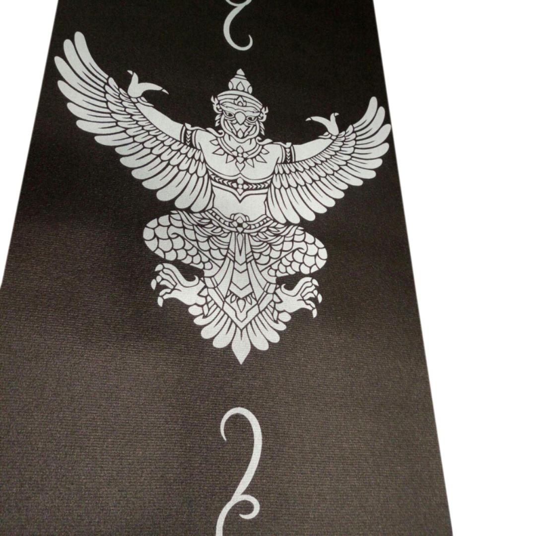 Коврик для йоги с принтом Гаруда (1.2 кг, 173 см, 3 мм, черный, 60см) коврики для йоги ramayoga коврик для йоги шакти earth 183х60х6мм 1 1кг 185см 6мм голубой 60см