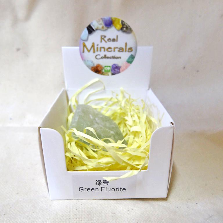 Флюорит зеленый минерал/камень в коробочке Real Minerals Collection (Флюорит зеленый)