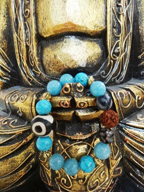 Браслет Сокровища Раджей (тибетский агат/говлит/аквамарин/моховой агат/рудракша)