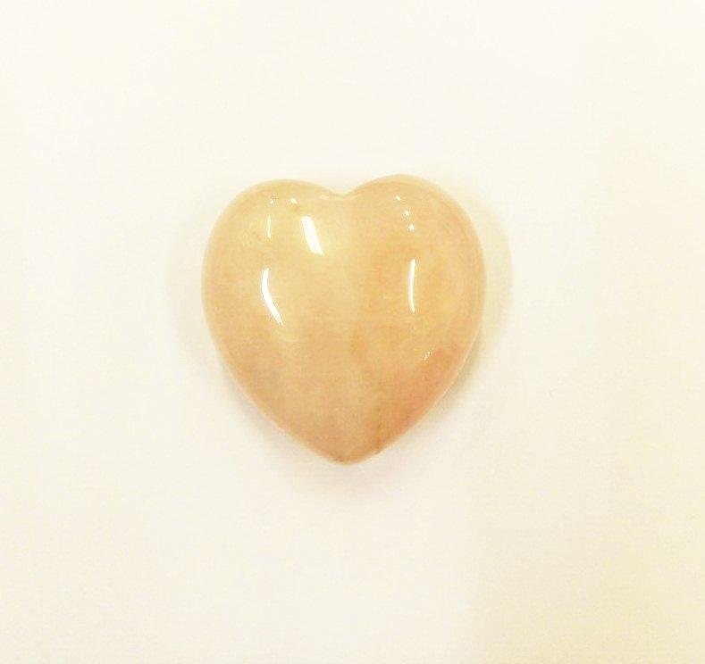 Минерал в форме сердца кварц розовый большой (розовый)