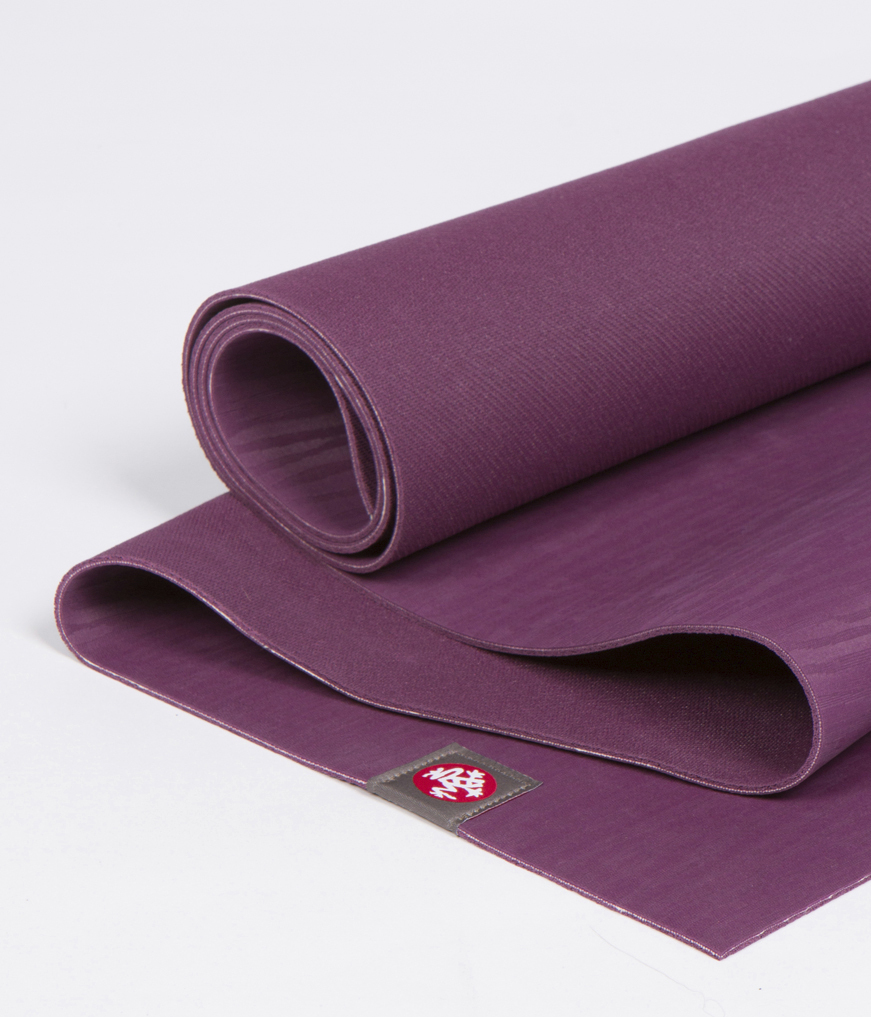 Коврик для йоги Manduka EKO Lite Mat 3мм (1.8 кг, 180 см, 3 мм, сиреневый, 61см (Acai)) очиститель массажер языка дельтатерм лингва lite цвет сиреневый