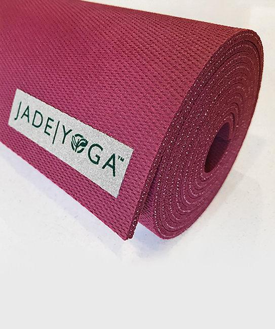 Коврик для йоги Jade Harmony 5 мм из каучука (2,3 кг, 173 см, 5 мм, малиновый / raspberry, 60см) fifth harmony acapulco