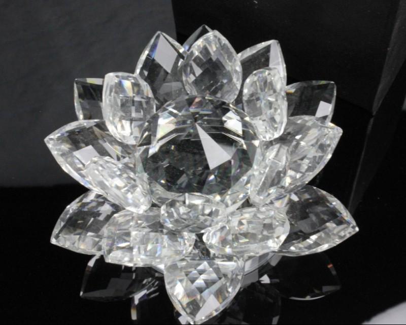 Кристалл лотос белый стеклянный 13см (0,2 кг, 5,5 см, 13см, 13 см)