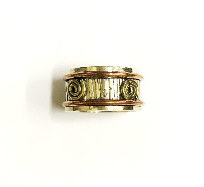 Кольцо прокручивающееся со спиралькой