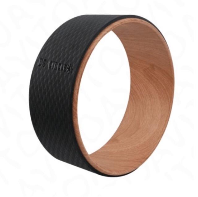 Йога колесо Ом (1.5 кг, 30 см)