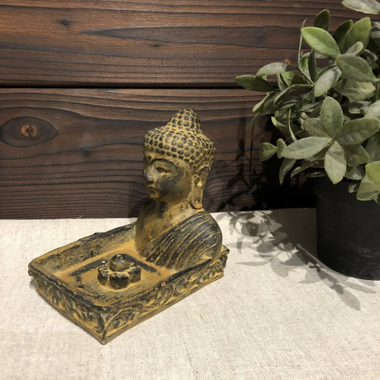 Подставка под благовония квадратная с Буддой из гипса с имитацией камня (0,2 кг, темно-коричневый) подставка под благовония слоник с каменной крошкой