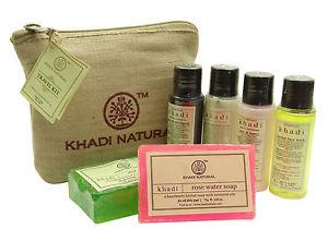 все цены на Дорожный набор в холщовом мешочке Travel Kit Khadi (Нет, 0,3 кг) онлайн
