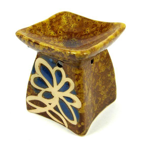 Аромалампа керамическая пирамидка 7см (0,2 кг) аромалампа индонезийская ручной росписи керамическая 12см 12 см