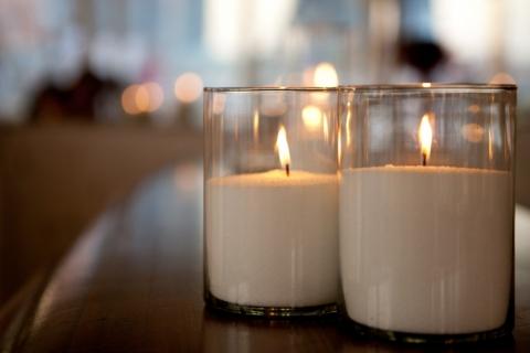 """Насыпная свеча """"Колбочка"""" в стекле"""