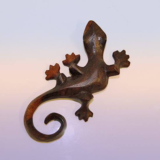 Фигурка ящерица из индонезийского дерева ручная работа 13см (0.1 кг)