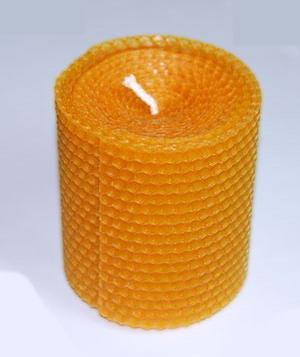 Свеча из вощины бочонок большой 10 см, 100г, 20часов свеча из вощины с ромашкой 20х2 5см